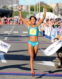 woman winning race by familymwr